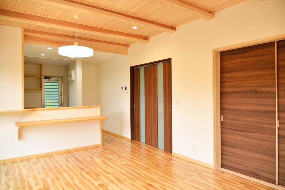 S邸様 シンプルさと木質が調和する家